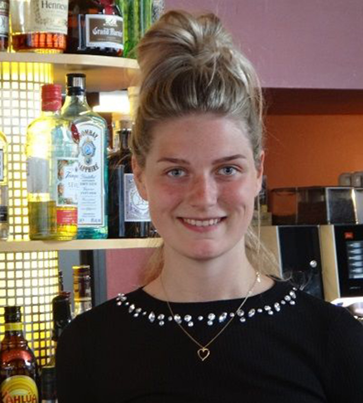 Café N8 - Halle (Saale), Team - Meredith
